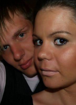 Jeune couple cherche un ou deux hommes