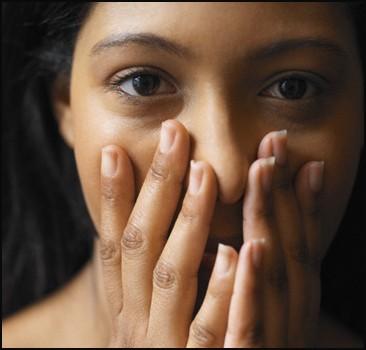 Les femmes ne sont pas capables de garder les secrets plus de 47 heures